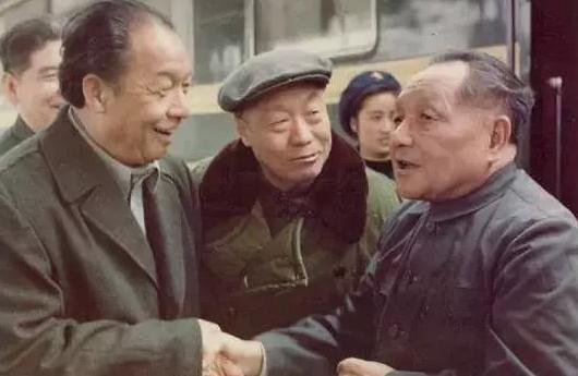 梁湘:不该被遗忘的海南首任省长